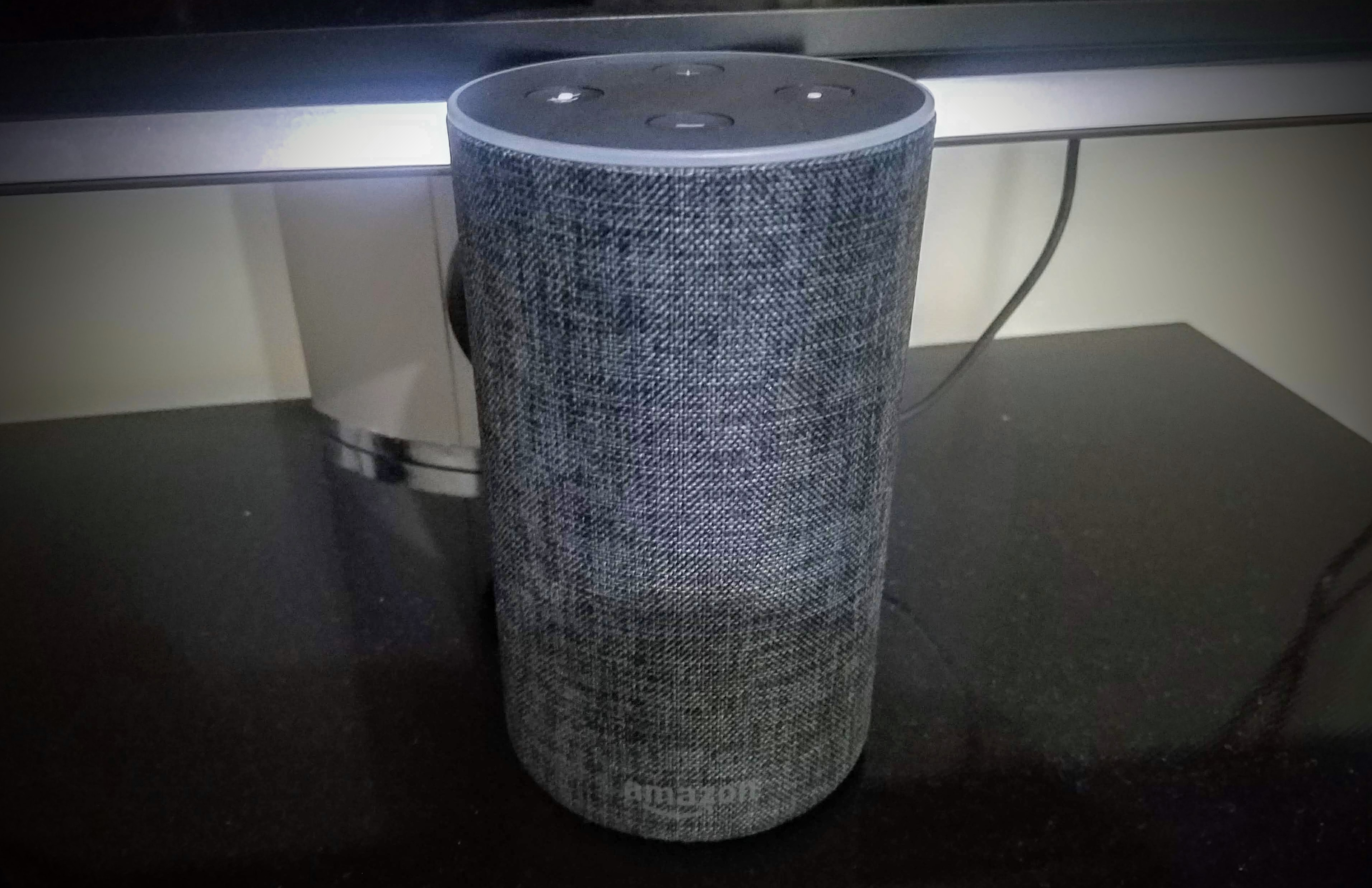 Amazon Echo (2) – [2/5] L'enceinte assez décevante et l'assistant vocal pas au point